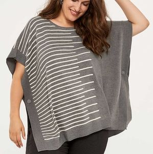 Grey and white poncho size 1X
